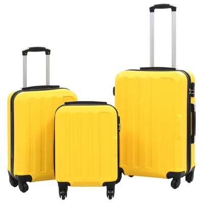 Whether you are going on a business trip or holiday, this great-looking hardcase trolley set ensures that you can pack everything you need.